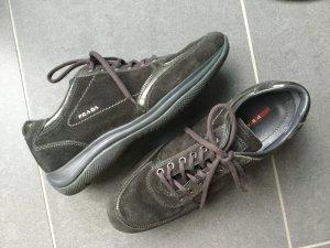 Neue Sneaker von Prada in Größe 38