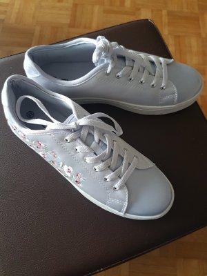 Deichmann Lace-Up Sneaker pale blue