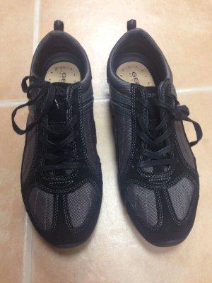 Neue Sneakers von Geox Größe 38