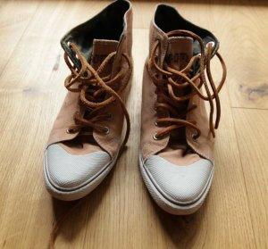 Neue Sneakers von Ossom NEU