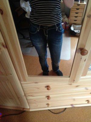 Neue Soccx Jeans Angel