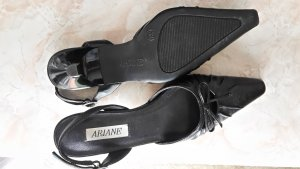 Ariane Strapped Sandals black