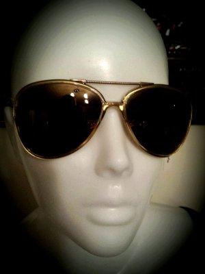 Neue Sonnenbrille der Firma Trendfirma WEB