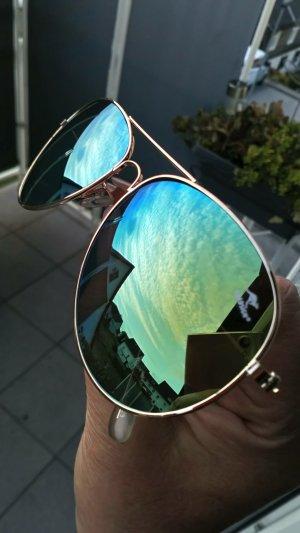 Neue Sonnenbrille von Roadsign Pilotenstyle