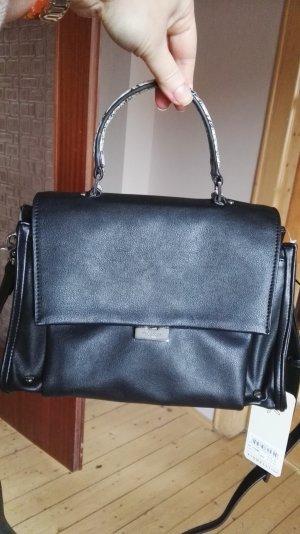 Neue Tasche von Fiorelli