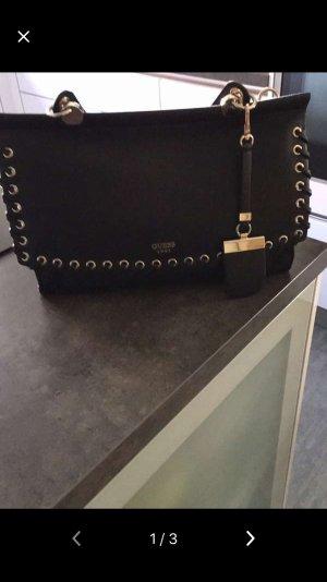 Neue Tasche von GUESS