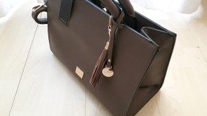 Neue Tasche von L. Credi taupe