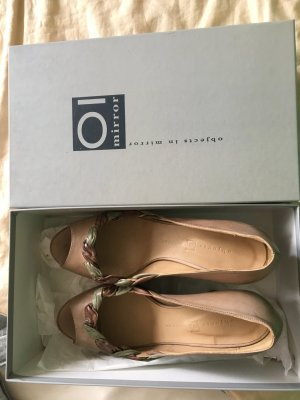 Neue Tolle Peep Toes, Plateau, Leder, 39, NP: 249€, Marke objects in mirror