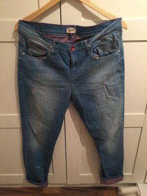 Neue Tommy Hilfiger Boyfriend Jeans
