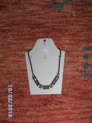 Neue trendige Halskette von SIX für feierliche Anlässe