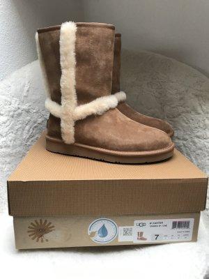 UGG Australia Bottes de neige brun-cognac daim