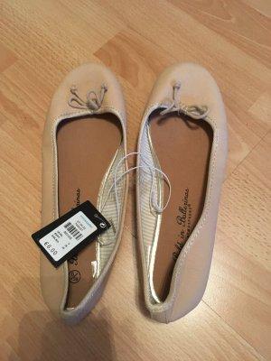 Neue und ungetragene Ballerina