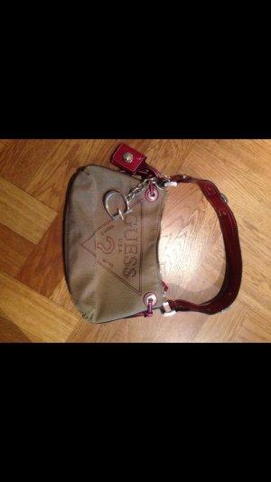Neue, ungetragene Guess Tasche