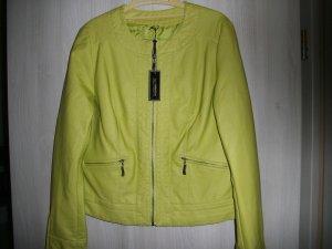 NEUE ungetragene Jacke - sehr modisch - tolle Farbe