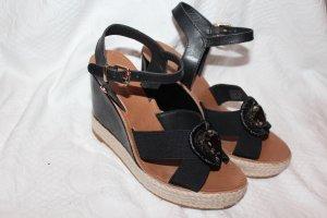 Neue ungetragene Keilabsatz Schuhe von Hilfiger