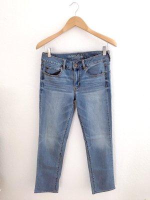 Neue, ungetragene Röhren-Jeans von American Eagle Outfitters