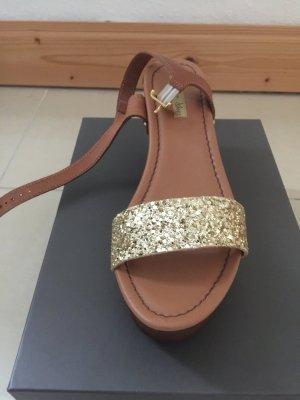 Neue ungetragene Sandalen von Tosca Blu