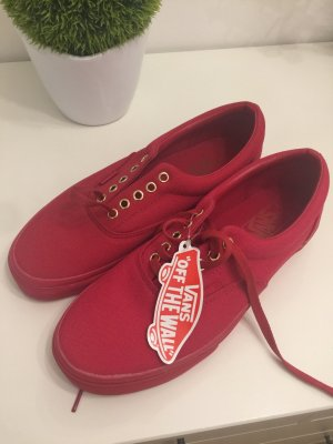 Neue Vans off the Wall in Rot