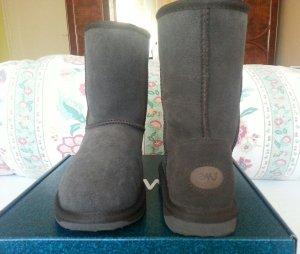 Neue warme EMU Boots