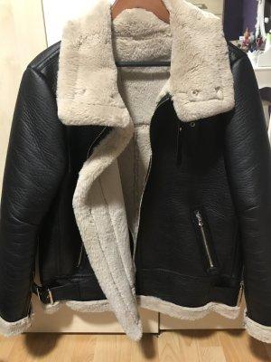 Neue Zara-Jacke