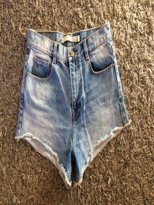 Neue Zara Jeansshorts