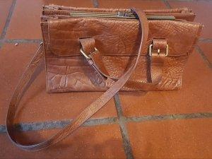 neue Zaraledertasche mit 3 Fächern