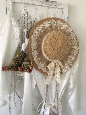 Cappello beige chiaro-bianco