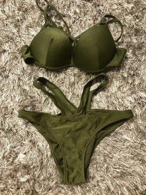 Neuer Bikini, in Größe M