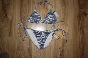 Neuer Bikini von Change mit Wellenmuster