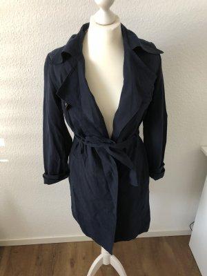 Neuer blauer maritimer Mantel Trenchcoat