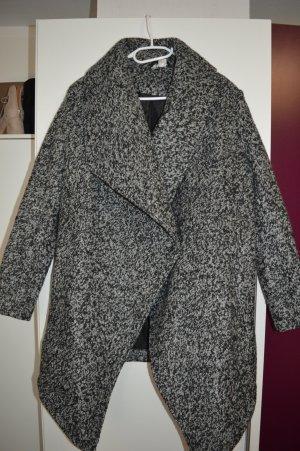 Neuer Bouclémantel aus Wollmischung Gr. 44 von DIVIDED by H&M