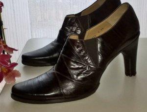 Neuer dunkelbrauner Schuh, Ankle Boots