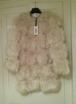 Neuer Faux Fur Mantel von jakke.