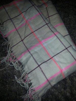 Neuer H&M Schal perfekt für den kommenden Winter