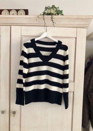 Neuer hochwertiger Pullover (mit Etikett)