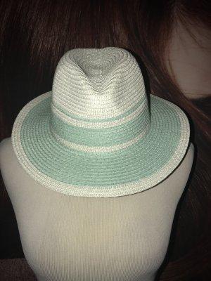 Neuer Hut