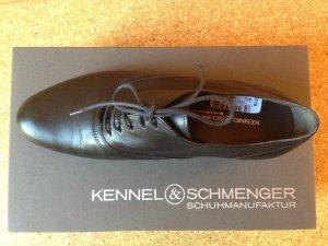 Neuer klassischer Schnürschuh (Kennel & Schmenger)