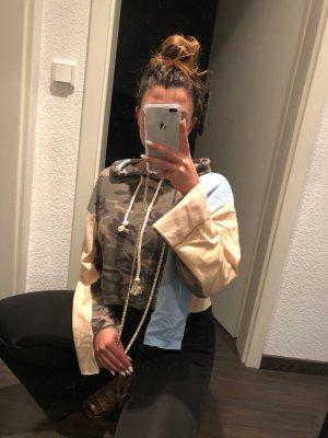Neuer moderner Kapuzen Pullover mit beige Camouflage hellblau
