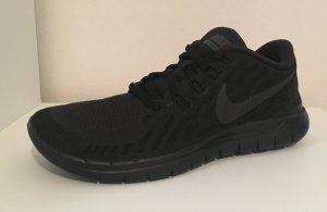Neuer Nike Free - ganz schwarz