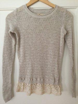 Neuer Pullover von Hollister in beige mit Spitze