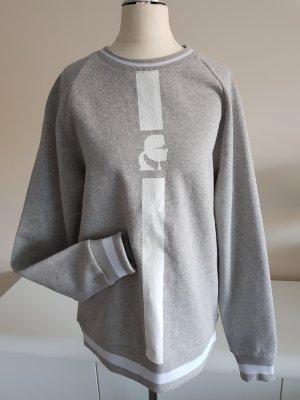 Neuer Pullover von Karl Lagerfeld