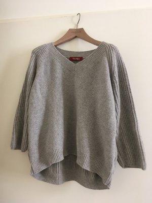 Neuer Pullover von Max Mara, Größe large. Aus wolle und Kaschmir. Neupreis um die 300 Euro