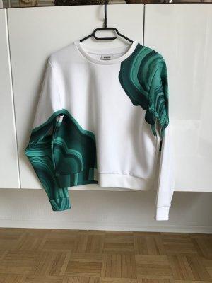 Neuer Pullover von Weekday