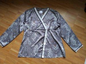 neuer Satin Pyjama mit Paisley Druck