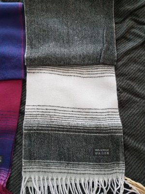 neuer Schal  acrylic
