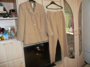 neuer schicker hosenanzug mit blazer,grösse 44,beige,hose,jacke,beige