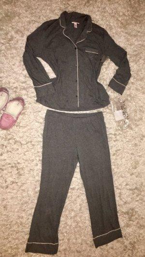 Pink Victoria's Secret Pijama gris