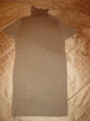 Neuer schöner elastischer Rollkragenpulli in Goldbeige, D34, S