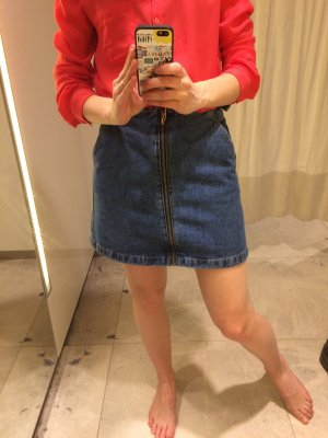 Neuer toller Jeans Rock von Zara Ich biet