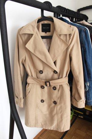 Neuer Trenchcoat von New Look